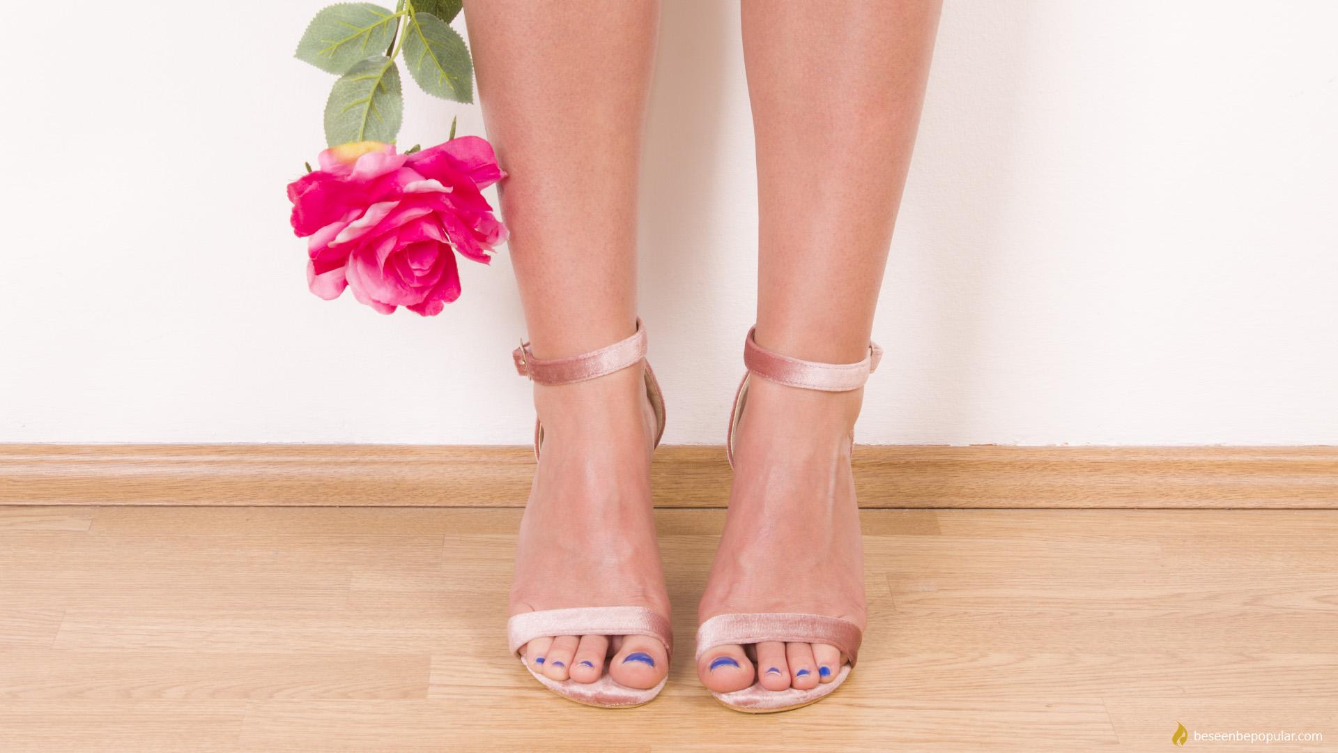 velvet pink sandals