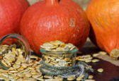 advantages of eating pumpkin seeds