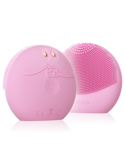 Foreo Luna fofo - the first smart facial cleanser