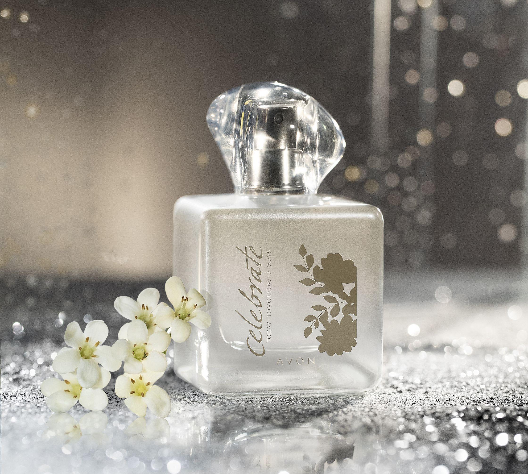Parfem iz omiljene Avonove mirisne linije koja proslavlja 15 godina uspjeha